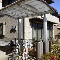 お庭に駐輪場を増設。Uスタイルでオシャレなサイクルポートに(吉川市)